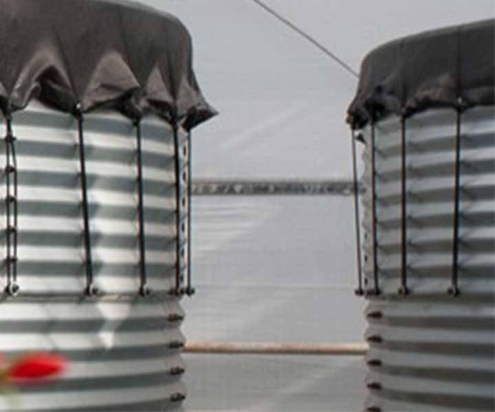Wasserspeicherung im Stahlsilo mit Tankabdeckung